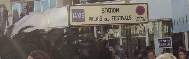 Station Palais des Festivals, 11 janvier 2015, manifestation de soutien à Charlie Hebdo, Cannes